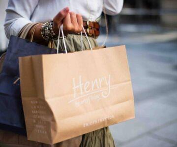 A women holding bags